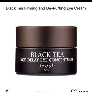 Fresh black tea age-delay eye concentrate